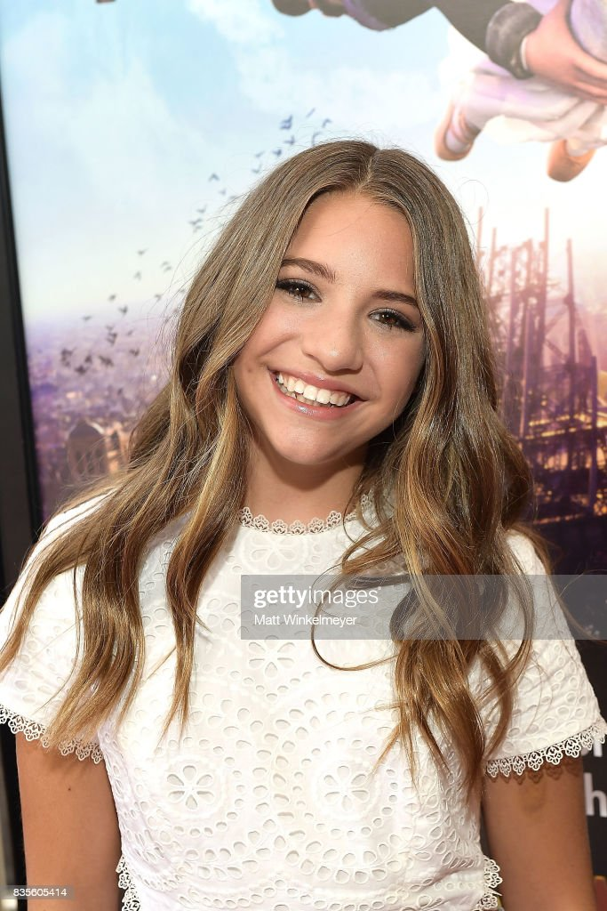 Actress/dancer Mackenzie Ziegler attends the Weinstein Company's 'LEAP!' at The Grove on August 19, 2017 in Los Angeles, California.