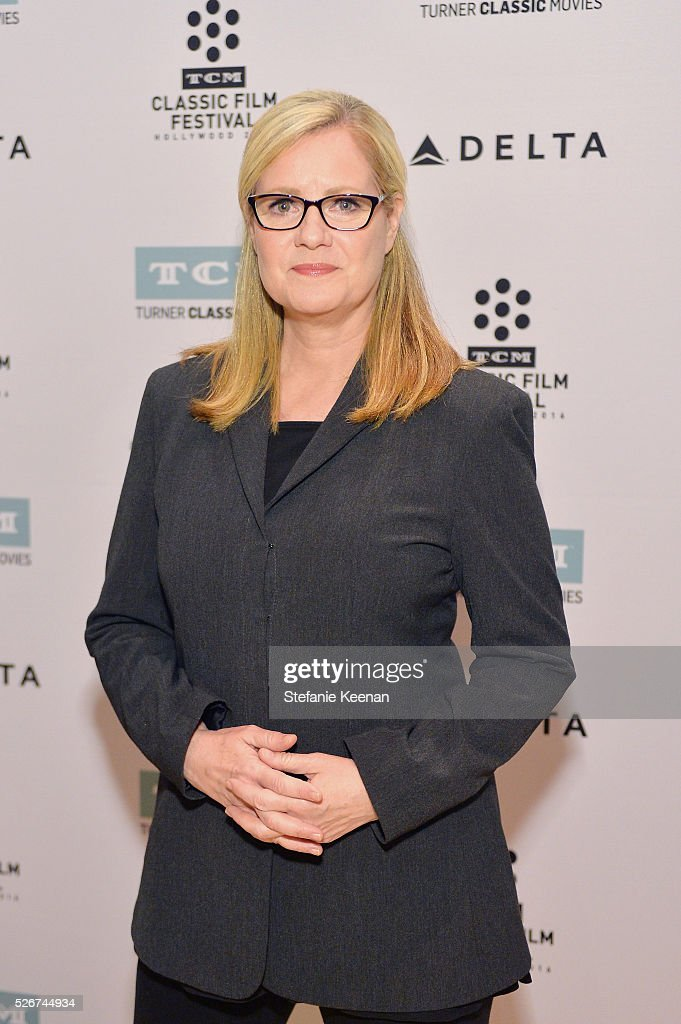 Actress/director Bonnie Hunt attends 'Midnight' screening during day 3 of the TCM Classic Film Festival 2016 on April 30, 2016 in Los Angeles, California. 25826_005