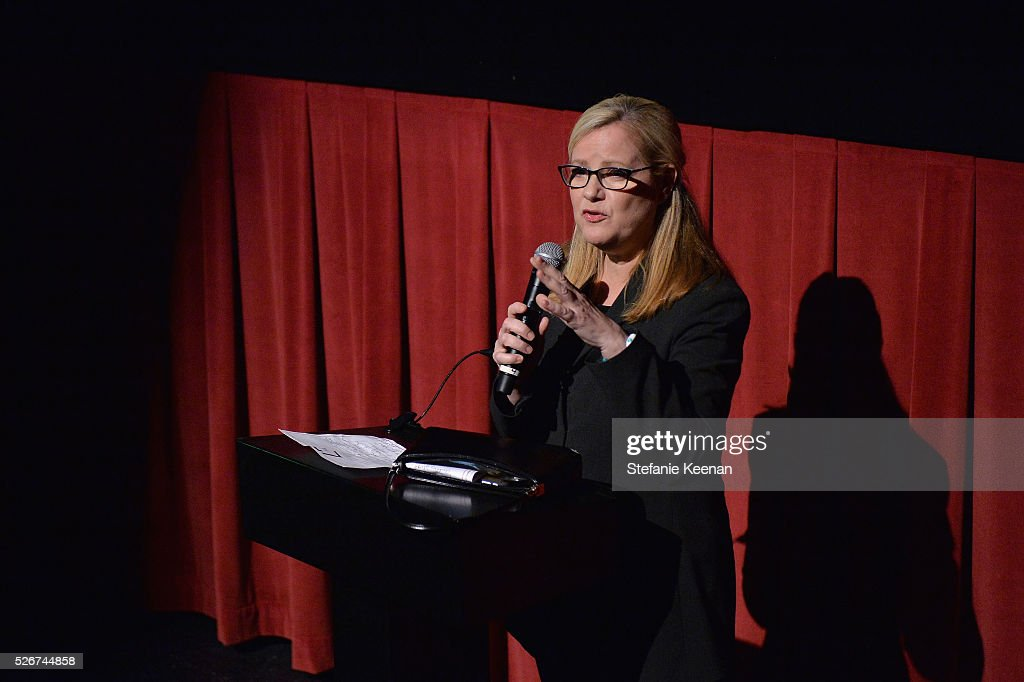 Actress/director Bonnie Hunt speaks onstage at 'Midnight' screening during day 3 of the TCM Classic Film Festival 2016 on April 30, 2016 in Los Angeles, California. 25826_005