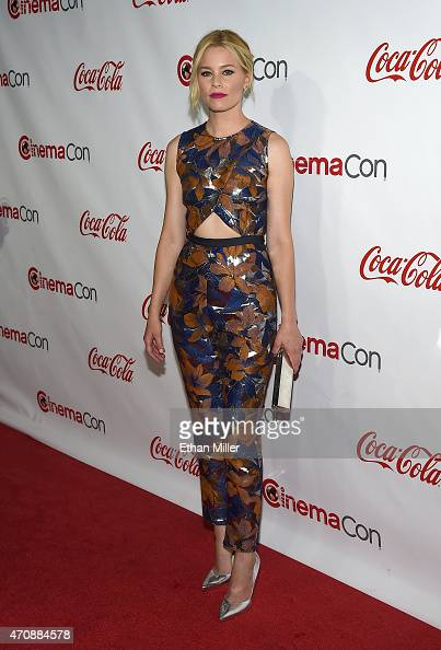 Actress/director Elizabeth Banks recipient of the Breakthrough Filmmaker of the Year Award attends The CinemaCon Big Screen Achievement Awards...