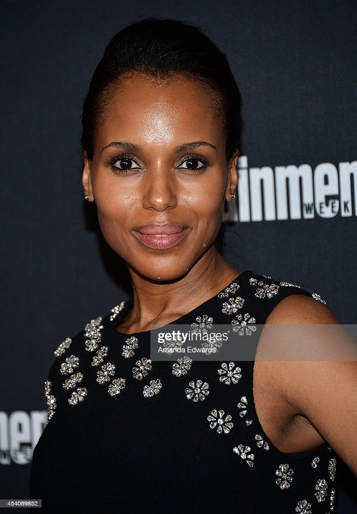 Actresse Kerry Washington arrives at the 2014 Entertainment Weekly Pre-Emmy Party at Fig & Olive Melrose Place on August 23, 2014 in West Hollywood, California.