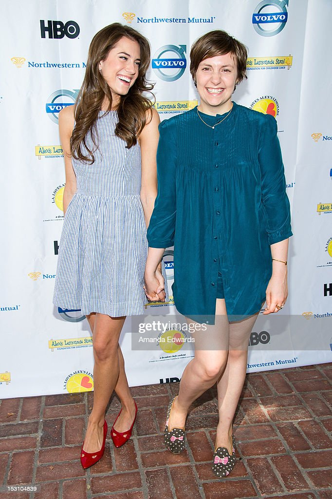 Actresses <a gi-track='captionPersonalityLinkClicked' href=/galleries/search?phrase=Allison+Williams+-+Actress&family=editorial&specificpeople=594198 ng-click='$event.stopPropagation()'>Allison Williams</a> (L) and <a gi-track='captionPersonalityLinkClicked' href=/galleries/search?phrase=Lena+Dunham&family=editorial&specificpeople=5836535 ng-click='$event.stopPropagation()'>Lena Dunham</a> arrive at the L.A. Loves Alex's Lemonade Culinary Event at Culver Studios on September 29, 2012 in Culver City, California.