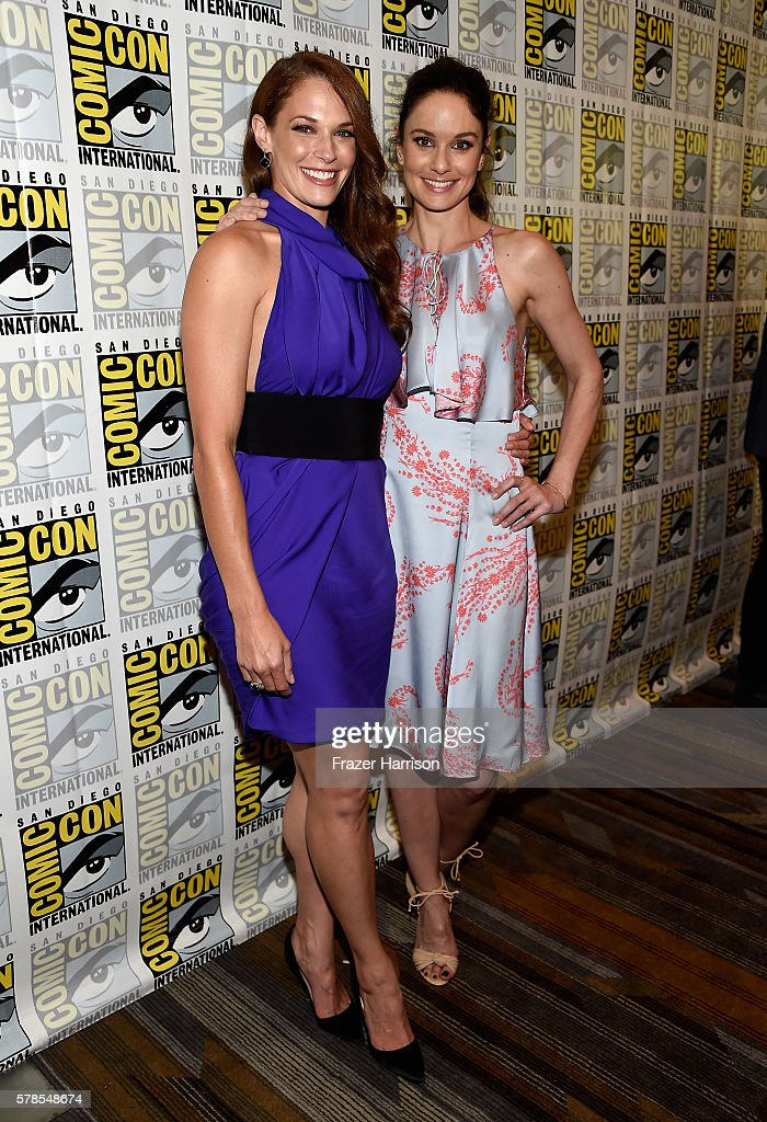 Actresses Amanda Righetti and Sarah Wayne Callies attend the 'Colony' press line during Comic-Con International 2016 at Hilton Bayfront on July 21, 2016 in San Diego, California.