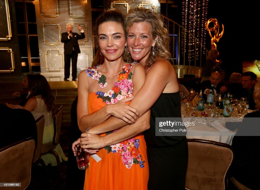 Actresses <a gi-track='captionPersonalityLinkClicked' href=/galleries/search?phrase=Amelia+Heinle&family=editorial&specificpeople=3276082 ng-click='$event.stopPropagation()'>Amelia Heinle</a> (L) and <a gi-track='captionPersonalityLinkClicked' href=/galleries/search?phrase=Laura+Wright+-+Actress&family=editorial&specificpeople=15063714 ng-click='$event.stopPropagation()'>Laura Wright</a> attend The 41st Annual Daytime Emmy Awards at The Beverly Hilton Hotel on June 22, 2014 in Beverly Hills, California.