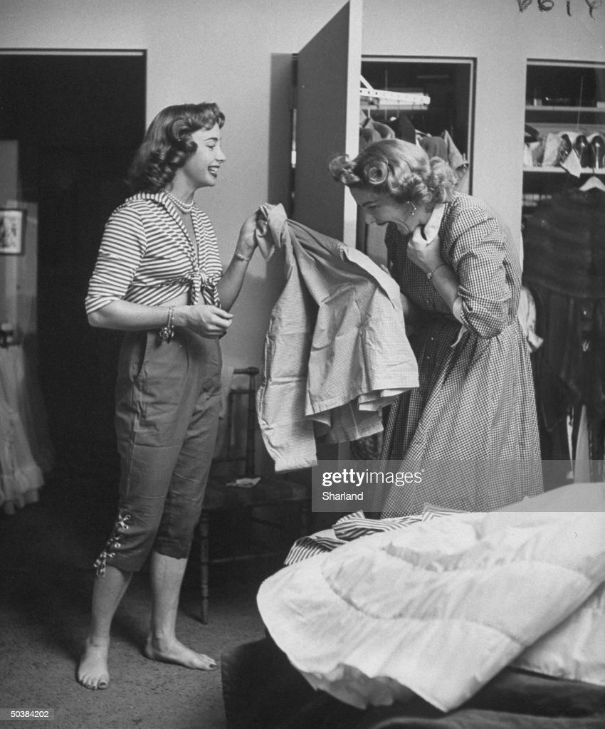 Actresses Audrey Meadows (L) and her sister <a gi-track='captionPersonalityLinkClicked' href=/galleries/search?phrase=Jayne+Meadows&family=editorial&specificpeople=93583 ng-click='$event.stopPropagation()'>Jayne Meadows</a> laughing together.