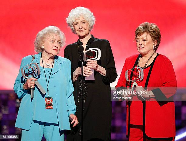 Actresses Betty White Bea Arthur and Rue McClanahan accept the Pop Culture Award onstage during the 6th annual 'TV Land Awards' held at Barker Hangar...