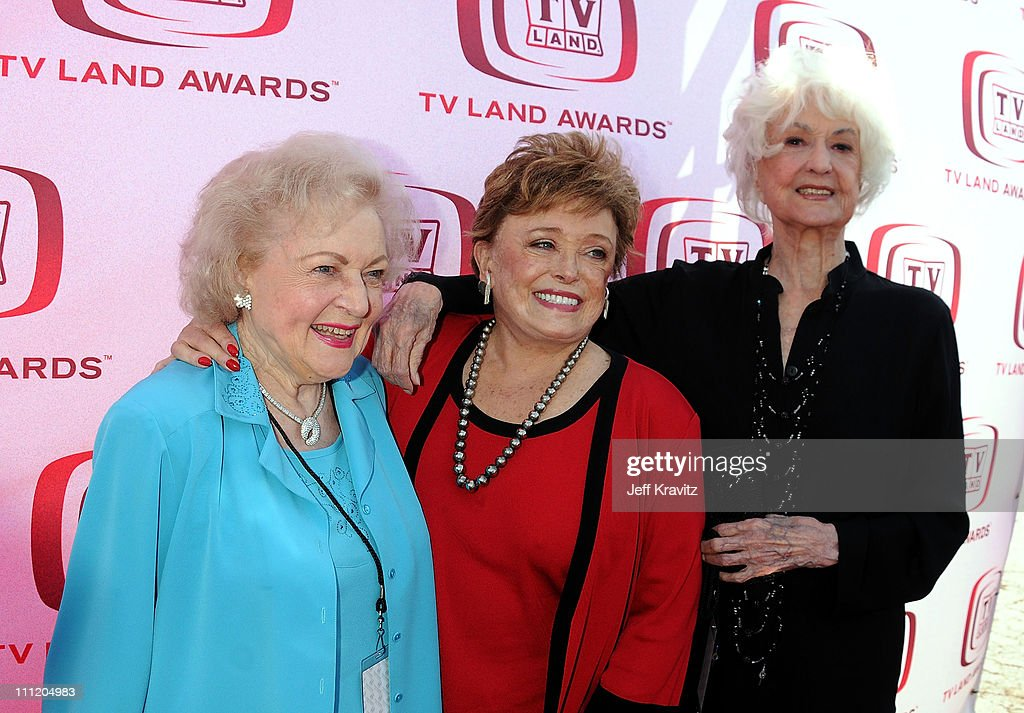 Actresses Betty White (L-R) Rue McClanahan and Bea Arthur of 'Golden Girls' arrives at the 6th Annual 'TV Land Awards' held at Barker Hangar on June 8, 2008 in Santa Monica, California.