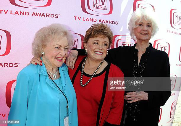 Actresses Betty White Rue McClanahan and Bea Arthur of 'Golden Girls' arrives at the 6th Annual 'TV Land Awards' held at Barker Hangar on June 8 2008...