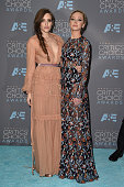 Actresses Carly Chaikin and Portia Doubleday from 'Mr Robot' winner of the award for Best Drama Series poses in the press room during the 21st Annual...