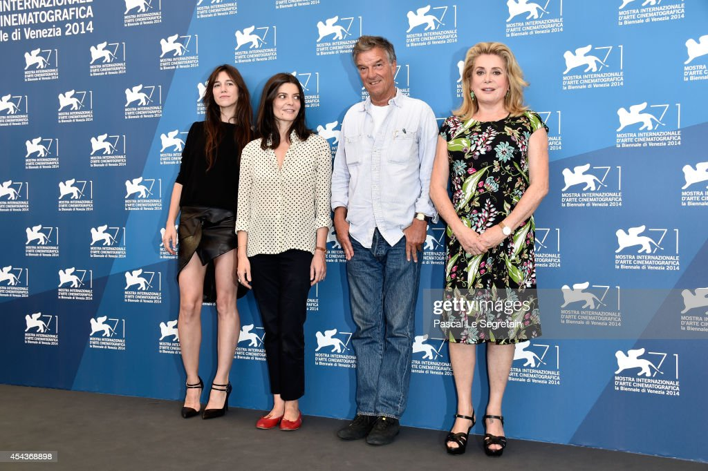 Actresses <a gi-track='captionPersonalityLinkClicked' href=/galleries/search?phrase=Charlotte+Gainsbourg&family=editorial&specificpeople=243034 ng-click='$event.stopPropagation()'>Charlotte Gainsbourg</a>, <a gi-track='captionPersonalityLinkClicked' href=/galleries/search?phrase=Chiara+Mastroianni&family=editorial&specificpeople=619517 ng-click='$event.stopPropagation()'>Chiara Mastroianni</a>, director Benoit Jacquot and <a gi-track='captionPersonalityLinkClicked' href=/galleries/search?phrase=Catherine+Deneuve&family=editorial&specificpeople=123833 ng-click='$event.stopPropagation()'>Catherine Deneuve</a> attend the '3 Coeurs' photocall during the 71st Venice Film Festival on August 30, 2014 in Venice, Italy.