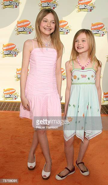 Actresses Dakota Fanning and Elle Fanning arrive at the 20th Annual Kid's Choice Awards held at the UCLA Pauley Pavilion on March 31 2007 in Westwood...