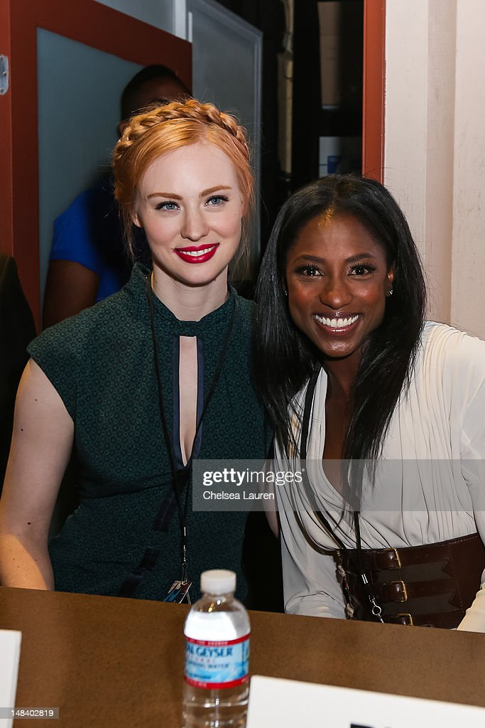 Actresses <a gi-track='captionPersonalityLinkClicked' href=/galleries/search?phrase=Deborah+Ann+Woll&family=editorial&specificpeople=5909212 ng-click='$event.stopPropagation()'>Deborah Ann Woll</a> (L) and <a gi-track='captionPersonalityLinkClicked' href=/galleries/search?phrase=Rutina+Wesley&family=editorial&specificpeople=4052226 ng-click='$event.stopPropagation()'>Rutina Wesley</a> attend the 'True Blood' signing at San Diego Convention Center on July 14, 2012 in San Diego, California.
