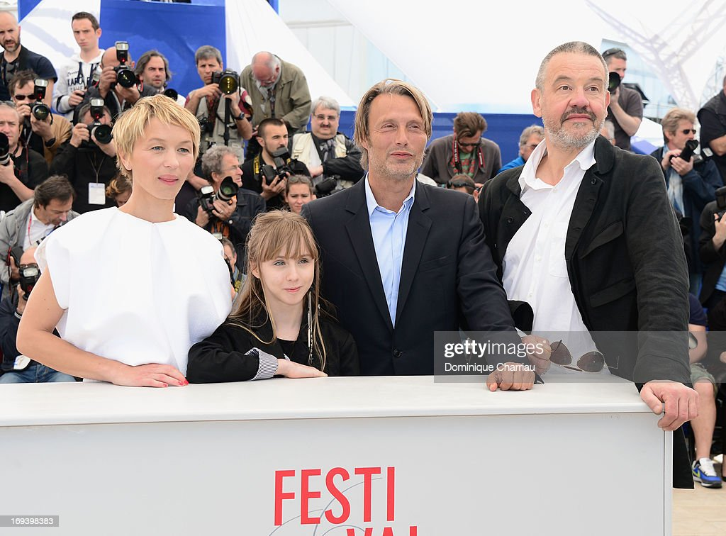 Actresses Delphine Chuillot, Melusine Mayance, <a gi-track='captionPersonalityLinkClicked' href=/galleries/search?phrase=Mads+Mikkelsen&family=editorial&specificpeople=3003791 ng-click='$event.stopPropagation()'>Mads Mikkelsen</a> and director Arnaud des Pallieres attend the photocall for 'Michael Kohlhaas' at The 66th Annual Cannes Film Festival at Palais des Festivals on May 24, 2013 in Cannes, France.