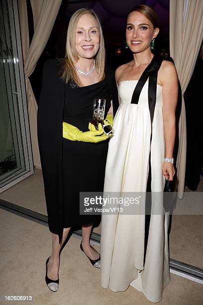Actresses Faye Dunaway and Natalie Portman attend the 2013 Vanity Fair Oscar Party hosted by Graydon Carter at Sunset Tower on February 24 2013 in...