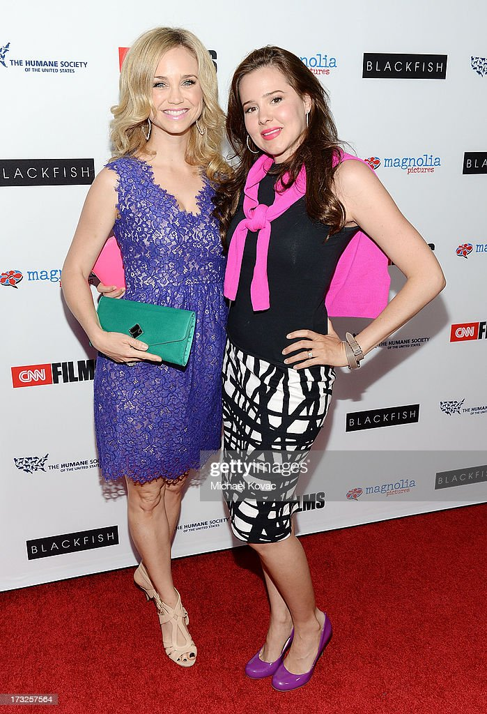 Actresses <a gi-track='captionPersonalityLinkClicked' href=/galleries/search?phrase=Fiona+Gubelmann&family=editorial&specificpeople=4195937 ng-click='$event.stopPropagation()'>Fiona Gubelmann</a> (L) and <a gi-track='captionPersonalityLinkClicked' href=/galleries/search?phrase=Marieh+Delfino&family=editorial&specificpeople=2200997 ng-click='$event.stopPropagation()'>Marieh Delfino</a> arrive at Magnolia Pictures Los Angeles Premiere of 'Blackfish' at ArcLight Cinemas on July 10, 2013 in Hollywood, California.