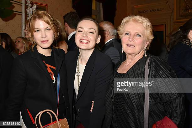 Actresses Hande Kodja Julie Judd and Marie Christine Barrault attend the Gala de L'Espoir 2016 at Theatre du Chatelet on November 14 2016 in Paris...