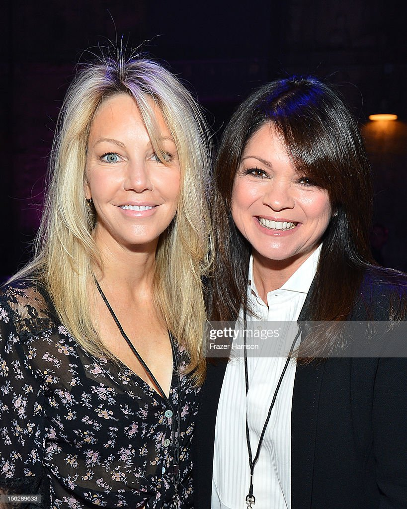 Actresses Heather Locklear (L) and Valerie Bertinelli attend the St. John's Health Center's Power Of Pink benefiting The Margie Petersen Breast Center at Sony Studios on November 12, 2012 in Los Angeles, California.