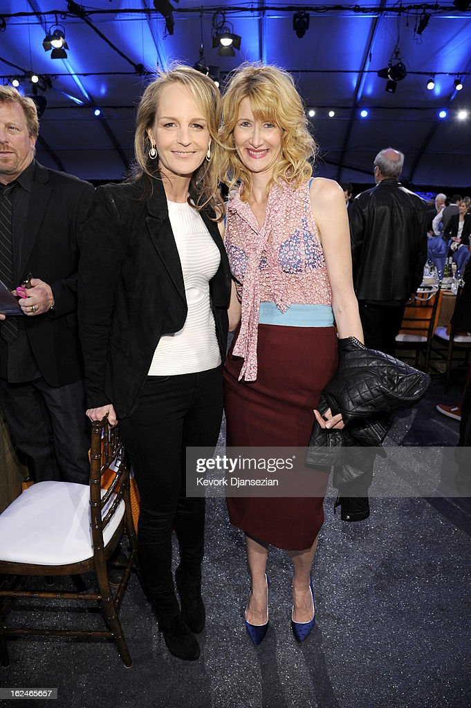 Actresses <a gi-track='captionPersonalityLinkClicked' href=/galleries/search?phrase=Helen+Hunt&family=editorial&specificpeople=203193 ng-click='$event.stopPropagation()'>Helen Hunt</a> (L) and <a gi-track='captionPersonalityLinkClicked' href=/galleries/search?phrase=Laura+Dern&family=editorial&specificpeople=204203 ng-click='$event.stopPropagation()'>Laura Dern</a> attend the 2013 Film Independent Spirit Awards at Santa Monica Beach on February 23, 2013 in Santa Monica, California.