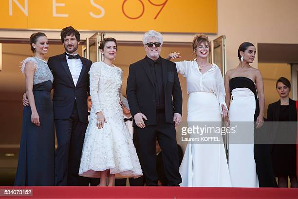 Actresses Inma Cuesta Emma Suarez director Pedro Almodovar actress Adriana Ugarte actor Daniel Grao and actress Michelle Jenner attend the screening...