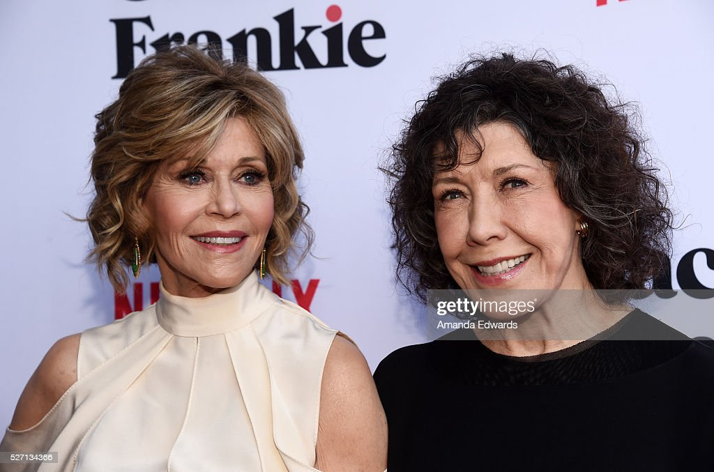 Actresses <a gi-track='captionPersonalityLinkClicked' href=/galleries/search?phrase=Jane+Fonda&family=editorial&specificpeople=202174 ng-click='$event.stopPropagation()'>Jane Fonda</a> (L) and <a gi-track='captionPersonalityLinkClicked' href=/galleries/search?phrase=Lily+Tomlin&family=editorial&specificpeople=208236 ng-click='$event.stopPropagation()'>Lily Tomlin</a> arrive at the Netflix Original Series 'Grace & Frankie' Season 2 premiere at the Harmony Gold Theater on May 1, 2016 in Los Angeles, California.