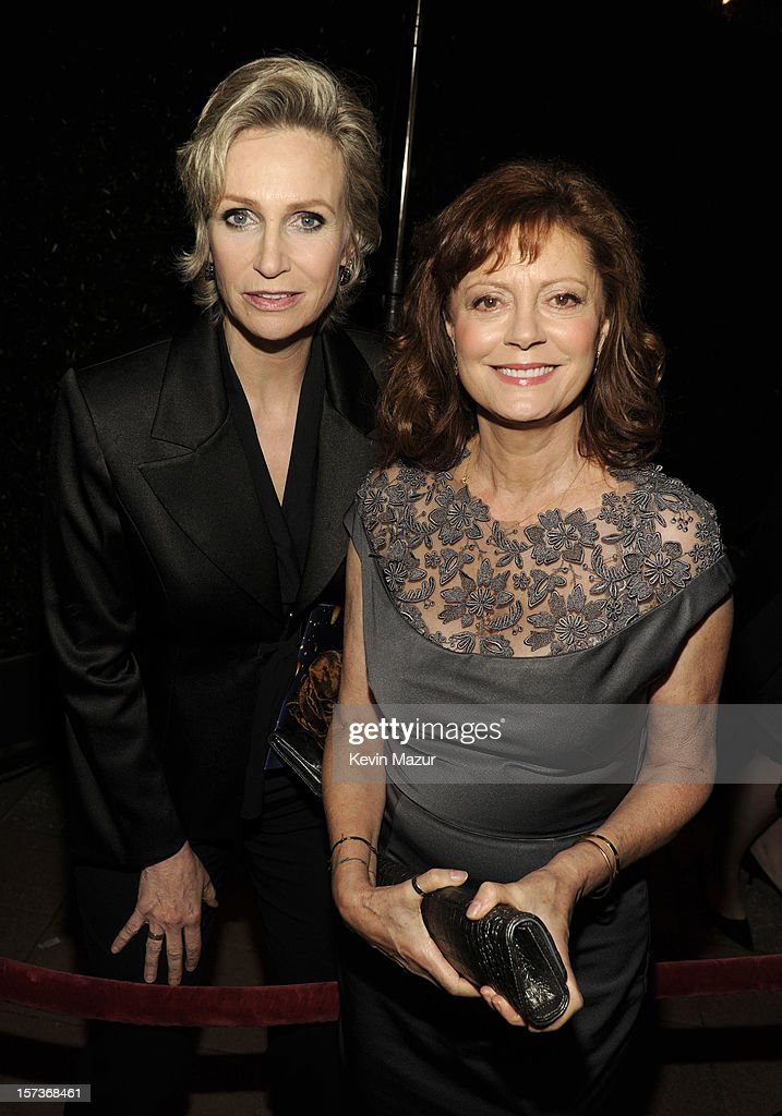 Actresses Jane Lynch (L) and Susan Sarandon attend the CNN Heroes: An All Star Tribute at The Shrine Auditorium on December 2, 2012 in Los Angeles, California. 23046_004_KM_0872.JPG