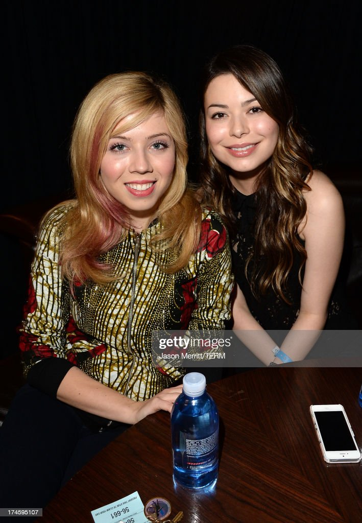 Actresses <a gi-track='captionPersonalityLinkClicked' href=/galleries/search?phrase=Jennette+McCurdy&family=editorial&specificpeople=2851877 ng-click='$event.stopPropagation()'>Jennette McCurdy</a> and <a gi-track='captionPersonalityLinkClicked' href=/galleries/search?phrase=Miranda+Cosgrove&family=editorial&specificpeople=709215 ng-click='$event.stopPropagation()'>Miranda Cosgrove</a> attend a private event at Hyde Lounge for the Bruno Mars & Ellie Goulding concert hosted by AQUAhydrate at The Staples Center on July 27, 2013 in Los Angeles, California.