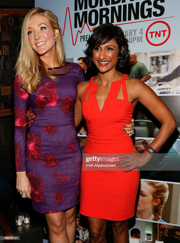 Actresses <a gi-track='captionPersonalityLinkClicked' href=/galleries/search?phrase=Jennifer+Finnigan&family=editorial&specificpeople=213001 ng-click='$event.stopPropagation()'>Jennifer Finnigan</a> (L) and Sarayu Rao attend the screening of TNT's 'Monday Mornings' at BOA Steakhouse on January 24, 2013 in West Hollywood, California.