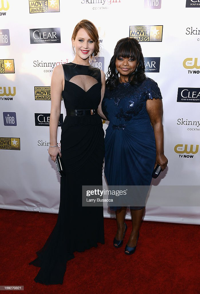 Actresses <a gi-track='captionPersonalityLinkClicked' href=/galleries/search?phrase=Jennifer+Lawrence&family=editorial&specificpeople=1596040 ng-click='$event.stopPropagation()'>Jennifer Lawrence</a> and <a gi-track='captionPersonalityLinkClicked' href=/galleries/search?phrase=Octavia+Spencer&family=editorial&specificpeople=2538115 ng-click='$event.stopPropagation()'>Octavia Spencer</a> attends the 18th Annual Critics' Choice Movie Awards held at Barker Hangar on January 10, 2013 in Santa Monica, California.