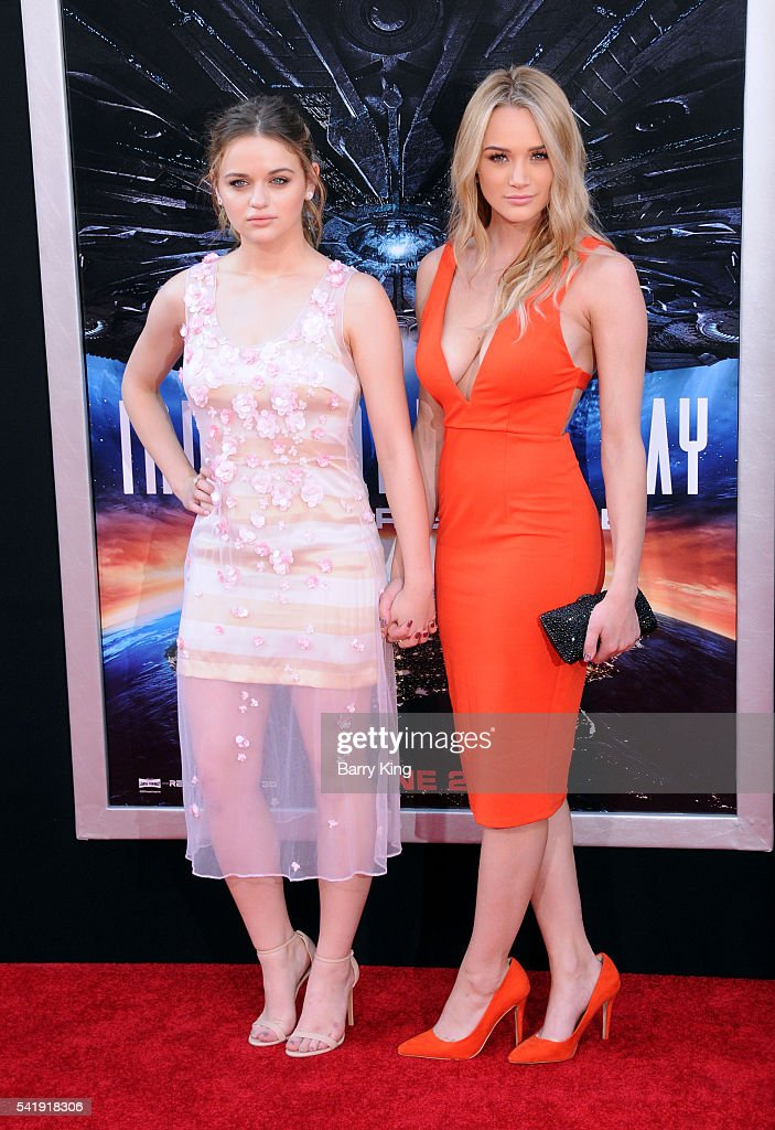 """Premiere Of 20th Century Fox's """"Independence Day: Resurgence"""" - Arrivals"""