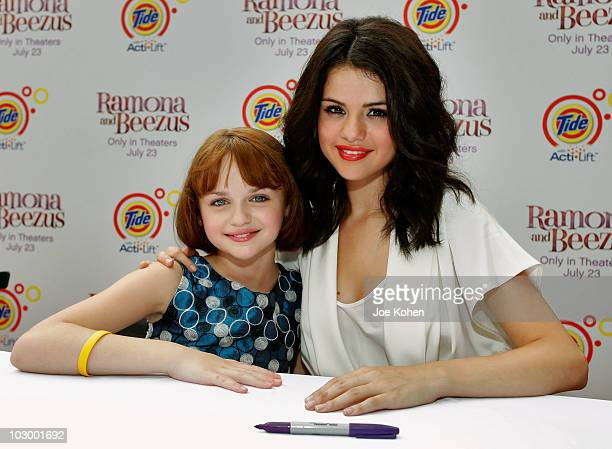 Actresses Joey King and Selena Gomez attend the premiere of 'Ramona and Beezus' presented by Tide with ActiLift at Madison Square Park on July 20...