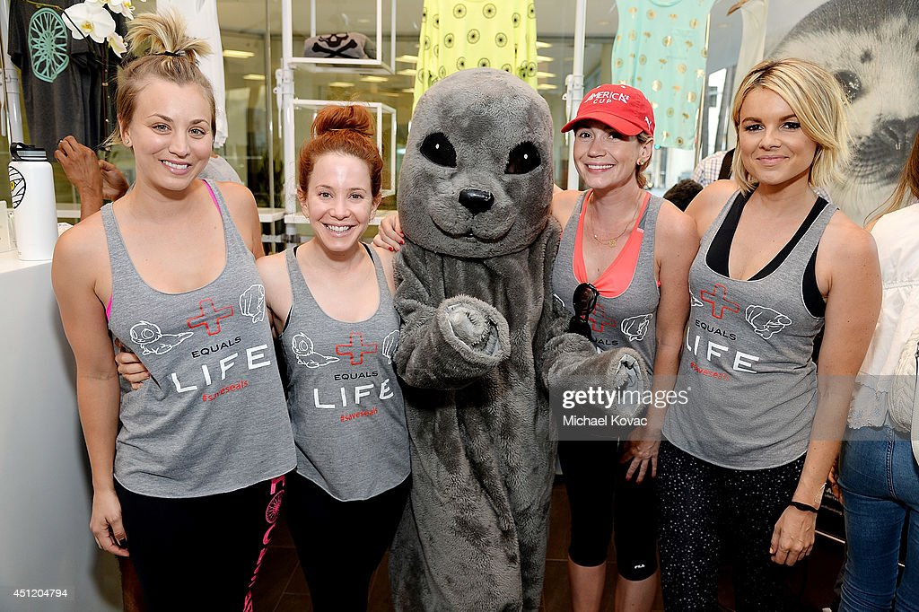 Actresses Kaley Cuoco Amy Davidson Sammy the Seal actress Ashley Jones and TV personality Ali Fedotowsky attend the launch of Wheels for Seals...