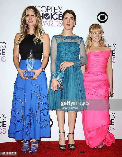 Actresses Kaley Cuoco Mayim Bialik and Melissa Rauch pose in the press room at the 40th annual People's Choice Awards at Nokia Theatre LA Live on...