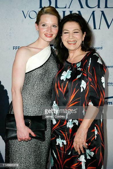 Actresses Karoline Herfurth and Hannelore Elsner attend the 'Das Blaue von Himmel' premiere at Astor Film Lounge on May 31 2011 in Berlin Germany