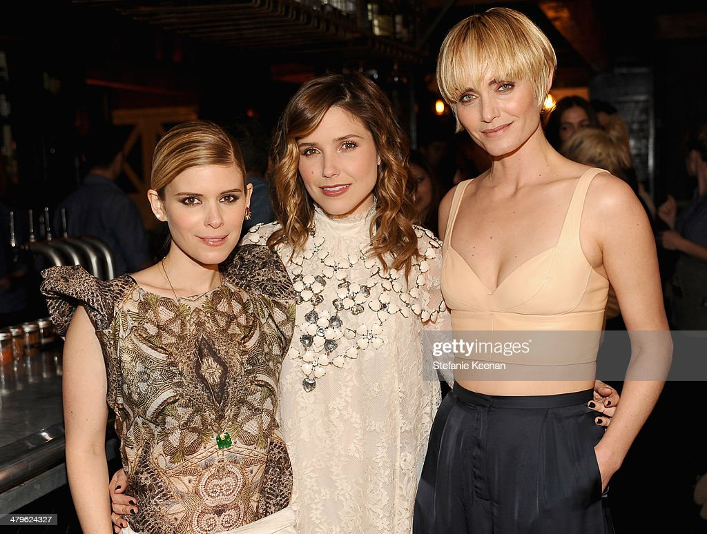 Actresses <a gi-track='captionPersonalityLinkClicked' href=/galleries/search?phrase=Kate+Mara&family=editorial&specificpeople=544680 ng-click='$event.stopPropagation()'>Kate Mara</a>, <a gi-track='captionPersonalityLinkClicked' href=/galleries/search?phrase=Sophia+Bush&family=editorial&specificpeople=203180 ng-click='$event.stopPropagation()'>Sophia Bush</a> and Amber Valetta attend H&M Conscious Exclusive Dinner at Eveleigh on March 19, 2014 in West Hollywood, California.