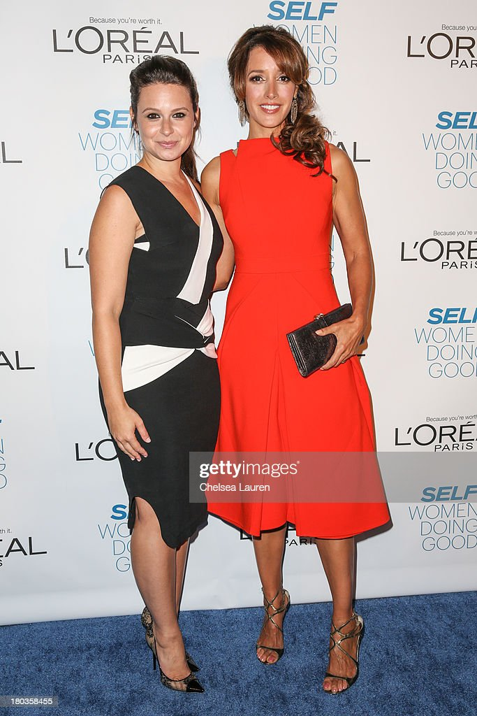 Actresses Katie Lowes (L) and Jennifer Beals arrive at the 6th annual SELF Magazine's Women Doing Good Awards at Apella on September 11, 2013 in New York City.