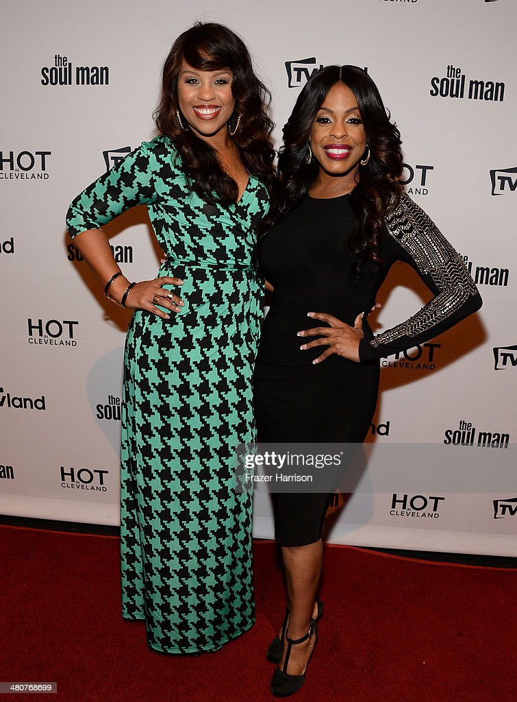 Actresses Kellee Stewart (L) and Niecy Nash attend the TV Land Goes LIVE! after party at the CBS Studio Center on March 26, 2014 in Studio City, California.