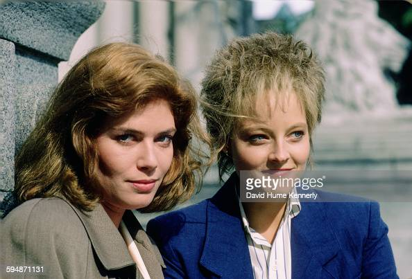 Actresses Kelly McGillis and Jodie Foster pose for a photo in June 1987 in Vancouver Canada McGillis and Foster are promoting the movie 'The Accused'