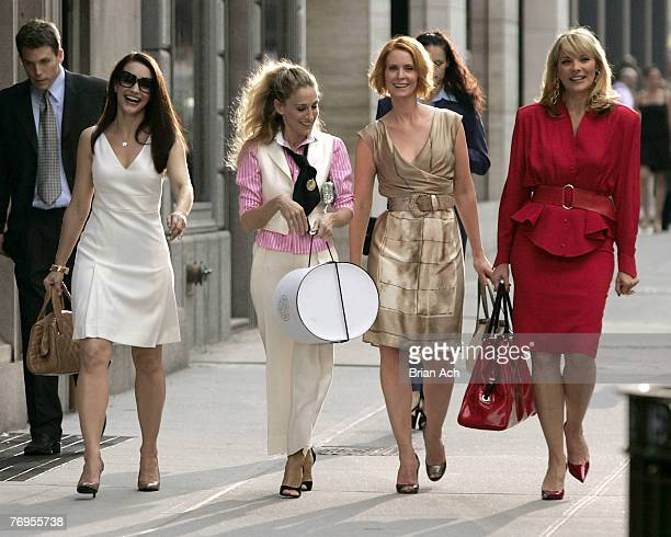 Actresses Kristin Davis as 'Charlotte' Sarah Jessica Parker as 'Carrie Bradshaw' Cynthia Nixon as 'Miranda' and Kim Cattrall as 'Samantha' on...