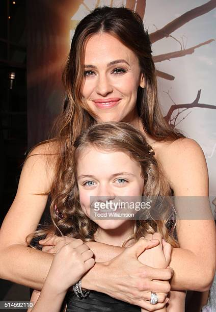Actresses Kylie Rogers and Jennifer Garner attend the Premiere Of Columbia Pictures' 'Miracles From Heaven' Red Carpet at ArcLight Hollywood on March...