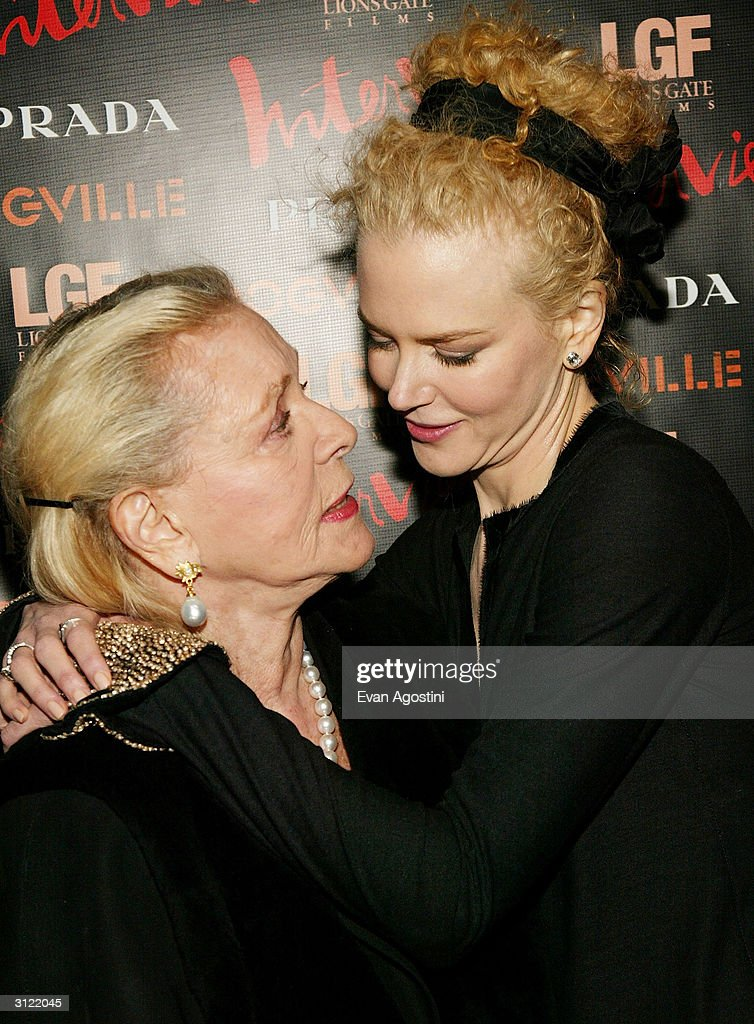Actresses Lauren Bacall and Nicole Kidman attend the 'Dogville' New York Premiere on March 22, 2004 at Clearview Chelsea West Cinemas, in New York City.