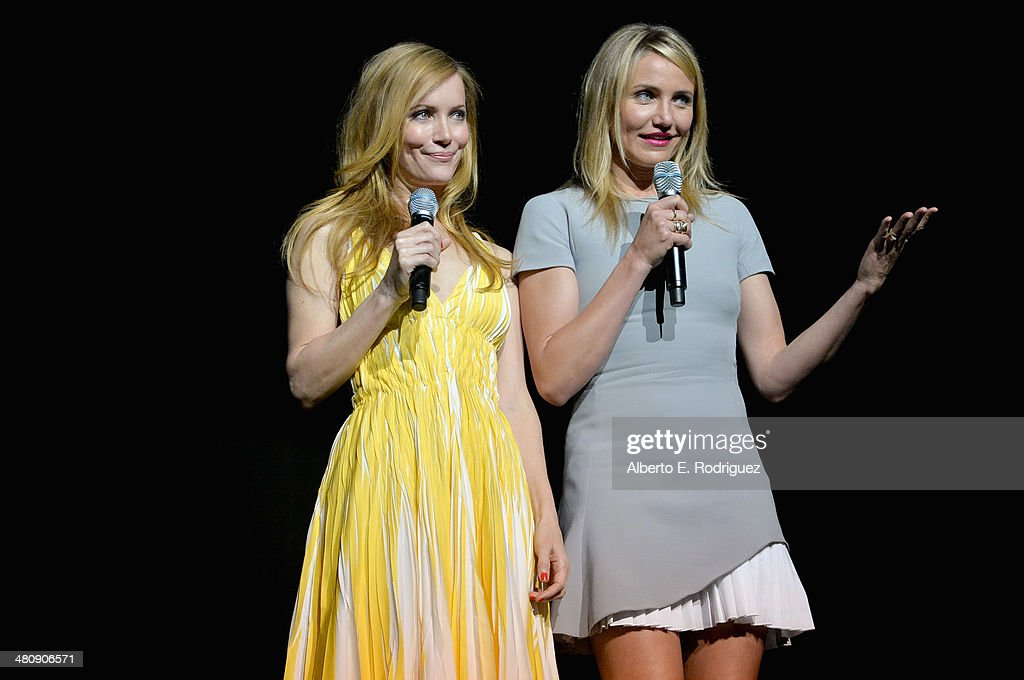 Actresses <a gi-track='captionPersonalityLinkClicked' href=/galleries/search?phrase=Leslie+Mann&family=editorial&specificpeople=595973 ng-click='$event.stopPropagation()'>Leslie Mann</a> (L) and <a gi-track='captionPersonalityLinkClicked' href=/galleries/search?phrase=Cameron+Diaz&family=editorial&specificpeople=201892 ng-click='$event.stopPropagation()'>Cameron Diaz</a> onstage during 20th Century Fox's Special Presentation Highlighting Its Future Release Schedule during CinemaCon, the official convention of the National Association of Theatre Owners, at The Colosseum at Caesars Palace on March 27, 2014 in Las Vegas, Nevada.