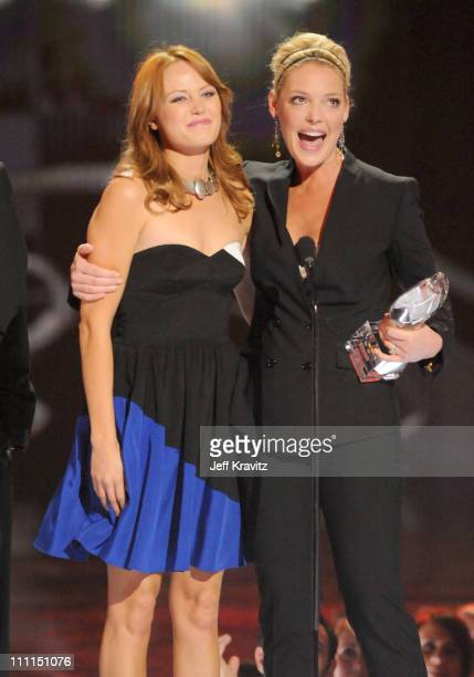 Actresses Malin Akerman and Katherine Heigl accept the Favorite Comedy Movie award at the 35th Annual People's Choice Awards held at the Shrine...