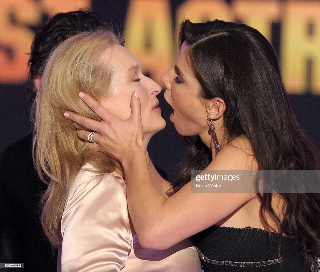 Actresses Meryl Sctreep (L) and <a gi-track='captionPersonalityLinkClicked' href=/galleries/search?phrase=Sandra+Bullock&family=editorial&specificpeople=202248 ng-click='$event.stopPropagation()'>Sandra Bullock</a> accept the Best Actress award onstage during the 15th annual Critics' Choice Movie Awards held at the Hollywood Palladium on January 15, 2010 in Hollywood, California.
