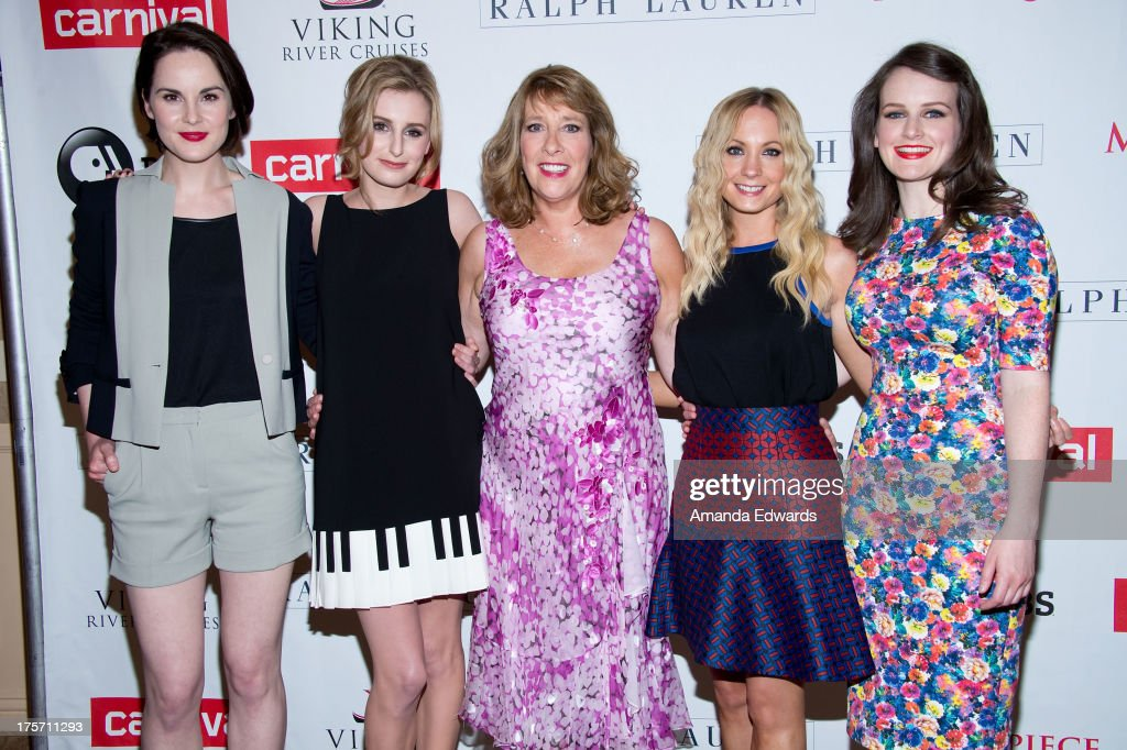 Actresses <a gi-track='captionPersonalityLinkClicked' href=/galleries/search?phrase=Michelle+Dockery&family=editorial&specificpeople=4047702 ng-click='$event.stopPropagation()'>Michelle Dockery</a>, <a gi-track='captionPersonalityLinkClicked' href=/galleries/search?phrase=Laura+Carmichael&family=editorial&specificpeople=7201392 ng-click='$event.stopPropagation()'>Laura Carmichael</a>, <a gi-track='captionPersonalityLinkClicked' href=/galleries/search?phrase=Phyllis+Logan&family=editorial&specificpeople=540316 ng-click='$event.stopPropagation()'>Phyllis Logan</a>, <a gi-track='captionPersonalityLinkClicked' href=/galleries/search?phrase=Joanne+Froggatt&family=editorial&specificpeople=2364245 ng-click='$event.stopPropagation()'>Joanne Froggatt</a> and <a gi-track='captionPersonalityLinkClicked' href=/galleries/search?phrase=Sophie+McShera&family=editorial&specificpeople=7829938 ng-click='$event.stopPropagation()'>Sophie McShera</a> arrive at the 'Downton Abbey' photo call at The Beverly Hilton Hotel on August 6, 2013 in Beverly Hills, California.