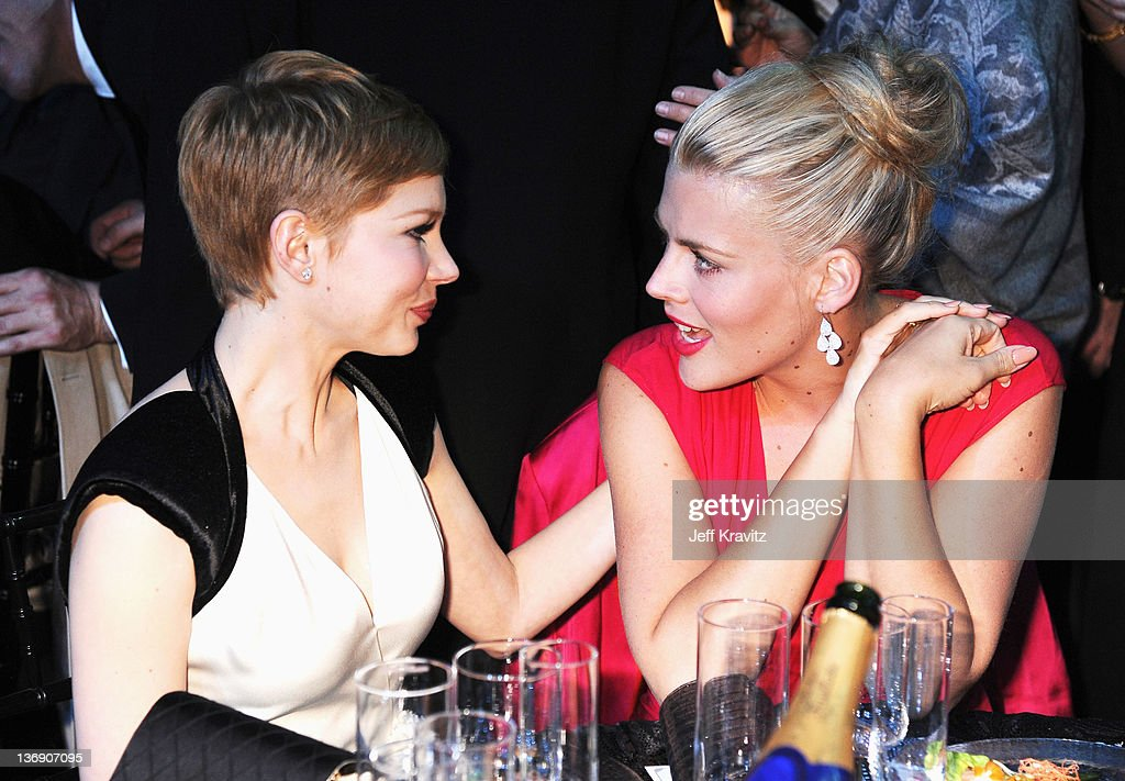 Actresses Michelle Williams and <a gi-track='captionPersonalityLinkClicked' href=/galleries/search?phrase=Busy+Philipps&family=editorial&specificpeople=216133 ng-click='$event.stopPropagation()'>Busy Philipps</a> attend the 17th Annual Critics' Choice Movie Awards held at The Hollywood Palladium on January 12, 2012 in Los Angeles, California.