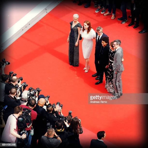 Actresses Michelle Williams Julianne Moore Director Todd Haynes actor Jaden Michael Millicent Simmonds and Screenwriter Brian Selznick attend the...