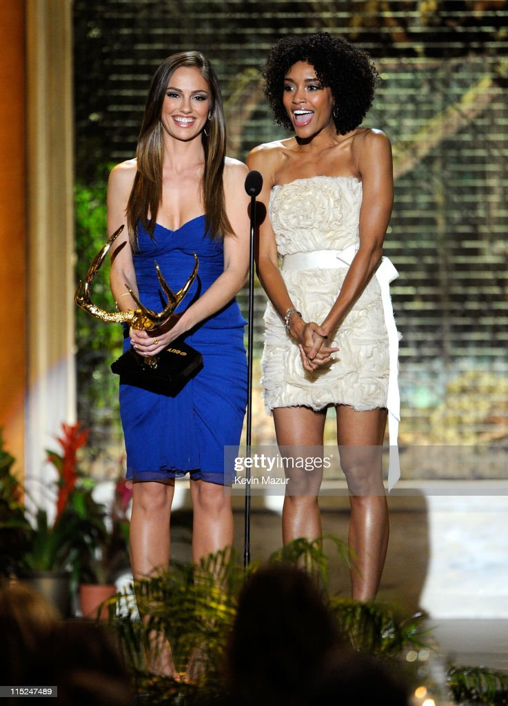 Actresses Minka Kelly and Annie Ilonzeh speak onstage during Spike TV's 5th annual 2011 'Guys Choice' Awards at Sony Pictures Studios on June 4 2011...
