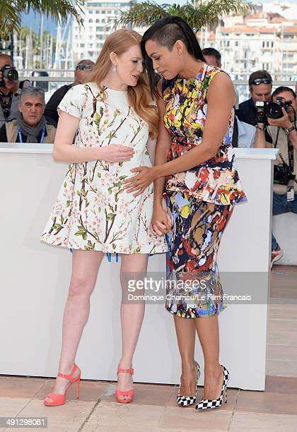 Actresses Mireille Enos and Rosario Dawson attend 'Captives' photocall at the 67th Annual Cannes Film Festival on May 16 2014 in Cannes France