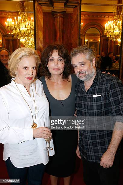 Actresses of the Piece Sylvie Vartan Isabelle Mergault and Stage Director Christophe Duthuron attend the Theater Play 'Ne me regardez pas comme ca '...