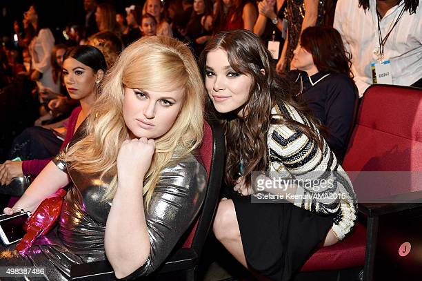 Actresses Rebel Wilson and Hailee Steinfeld attend the 2015 American Music Awards at Microsoft Theater on November 22 2015 in Los Angeles California